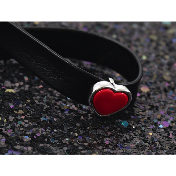 Choker black leather necklace Red Heart – Nahkainen kaulanauha kaulakoru punainen Hot Avenue shop pic4