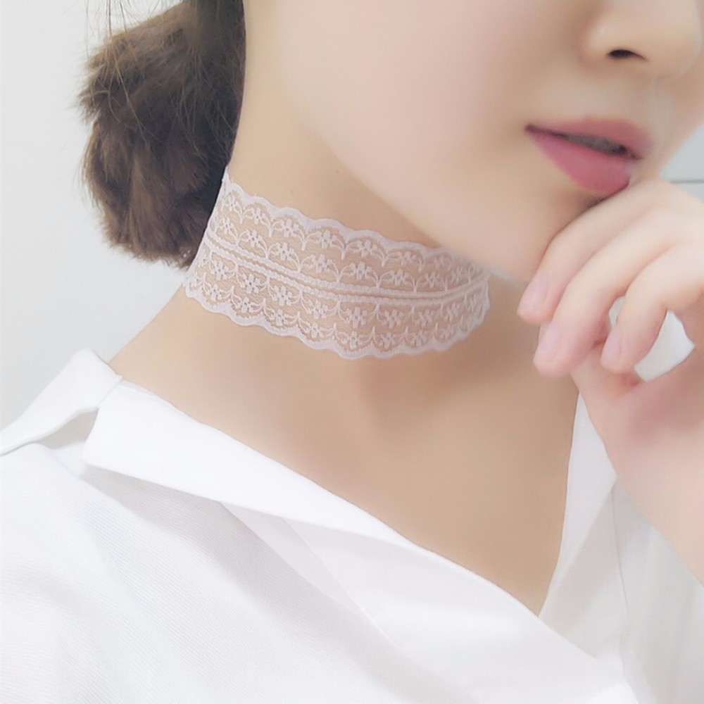 Pitsikaulakoru musta tai valkoinen - Lace Necklace black or white - Hot Avenue shop 2017