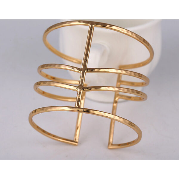 Muodikas Rannerengas Kultainen - Fashion Bangle Gold pic 5 - Hot Avenue Shop