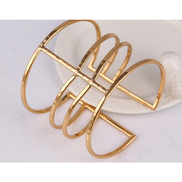 Muodikas Rannerengas Kultainen - Fashion Bangle Gold pic 6 - Hot Avenue Shop